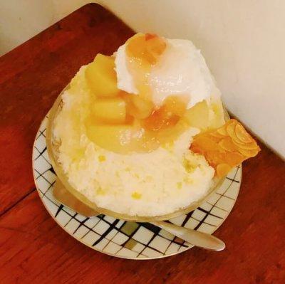 桃のコンポートかき氷